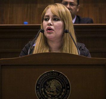 Detienen a ex diputada vinculada con El Chapo