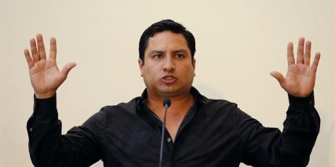 """Conozco a """"El tio"""" pero como empresario : Julión Álvarez"""