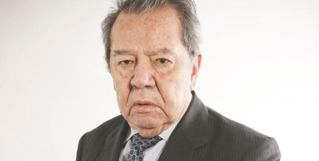 Le roban la tarjeta de crédito a Porfirio Muñoz Ledo
