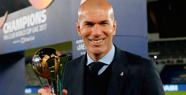 Zinedine Zidane regresa al banquillo del Real Madrid