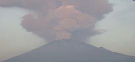 Explosión en el Popocatépetl alcanza 4 kilómetros de altura